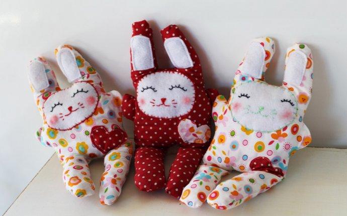 Мягкая игрушка: зайчик своими руками :: Поделки из ткани и мягкие