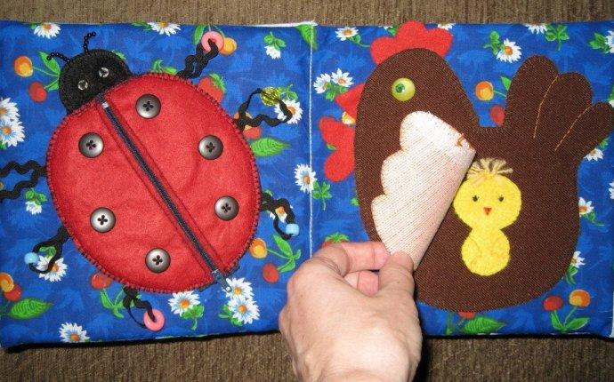 Развивающие игрушки своими руками: мягкие вязаные игрушки для